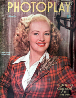 Photoplay November 1946