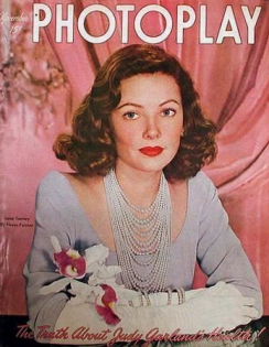 Photoplay November 1947