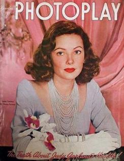 Photoplay November 1947
